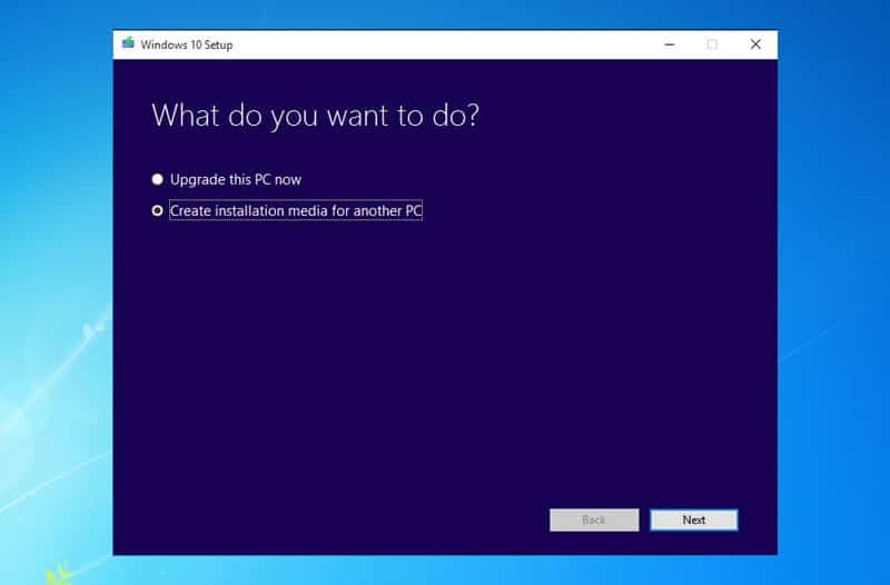 Windows 10 creates the installation media for another PC - How To Legally Download Windows 10, 8 ISO for Free